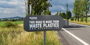 A Londra una strada asfaltata con la plastica riciclata
