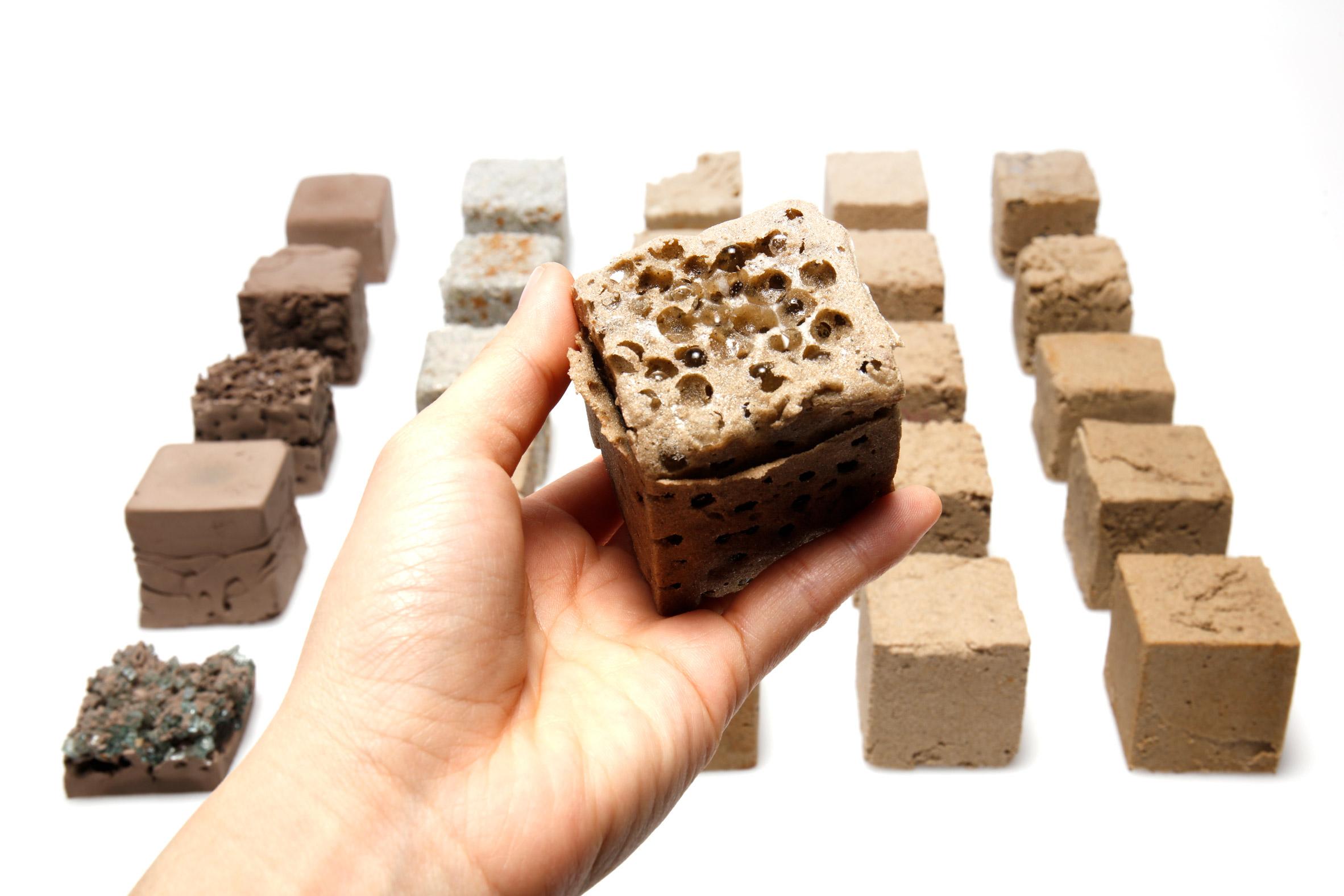 FINITE, il materiale composto da sabbia del deserto forte quanto il calcestruzzo