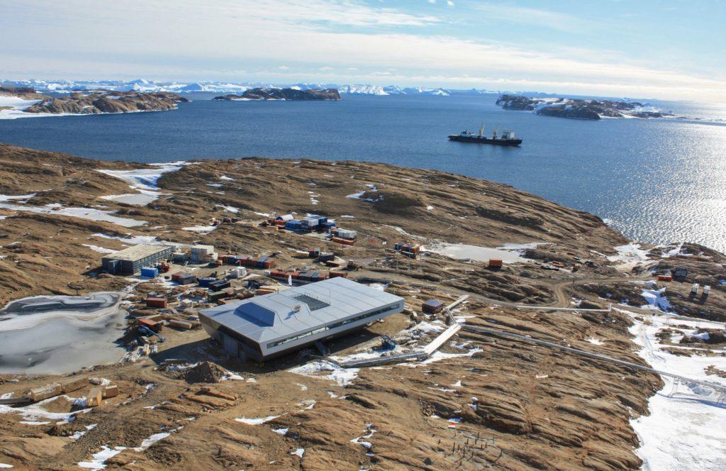 Antartide, come si vive ai confini del mondo