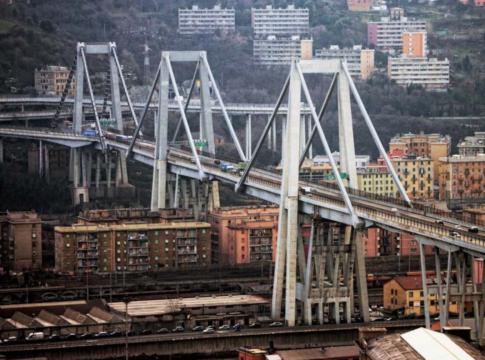 Difetti di costruzione nel ponte Morandi, i rilievi di Aspi e la trattativa con CDP