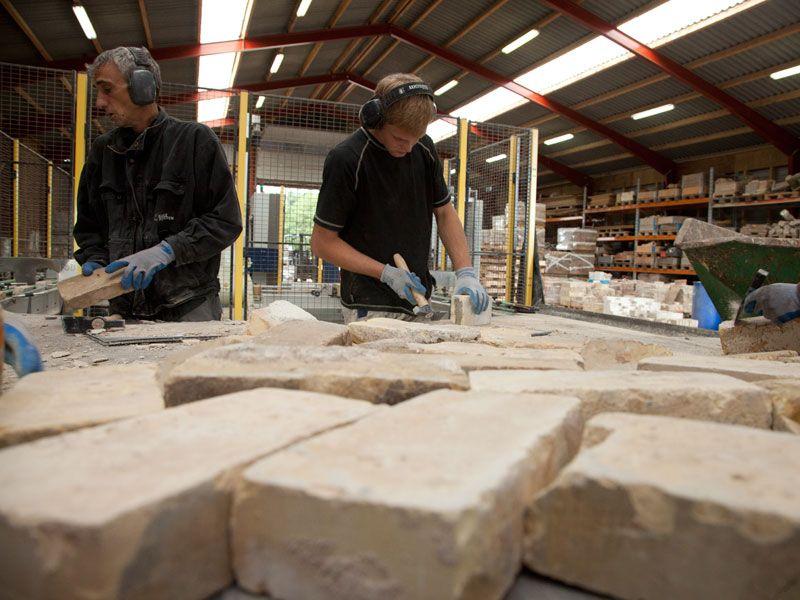 Il riciclo dei mattoni di argilla usati: Rebrick