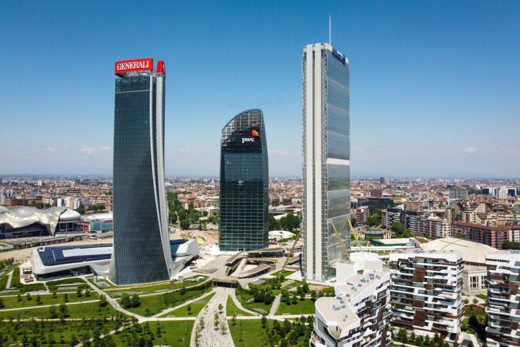 Torre Libeskind, il grattacielo curvo di CityLife a Milano