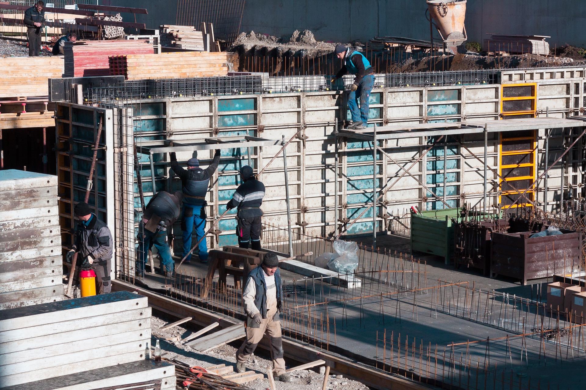 Decreto manodopera, al via il numero congruo degli operai in cantiere