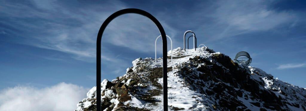 Our Glacial Perspectives, il dispositivo astronomico in vetro e acciaio ad un passo dal cielo