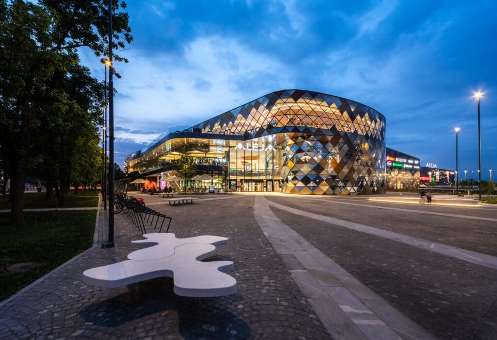 Aleja Shopping Center, il moderno centro commerciale