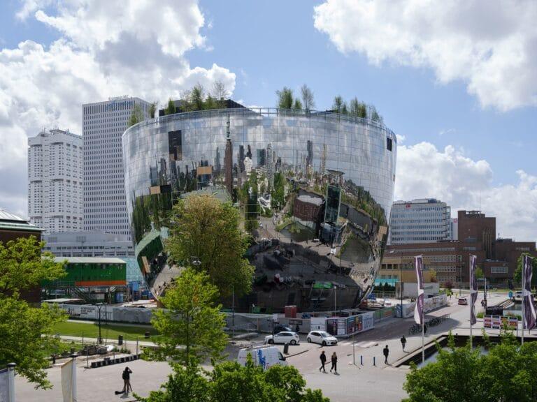A Rotterdam il primo deposito d'arte al mondo